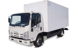 ISUZU NPR75L-M промтоварний фургон
